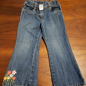 Gymboree blue jeans w flowers, 3